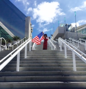 july-4-flag-convention-stairs-jen
